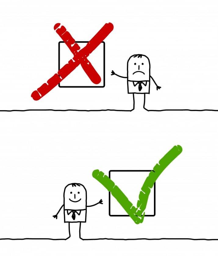 Deux cases l'une marquée d'une croix rouge et l'autre d'un V vert pour illustrer les avantages et inconvénients de la reprise d'une entreprise