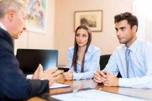 Embaucher dans une association