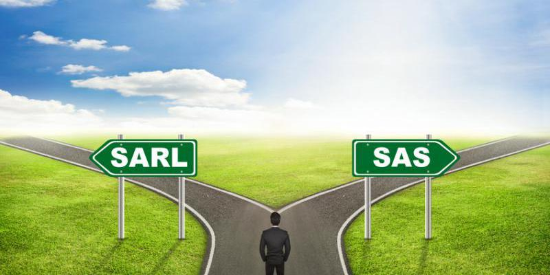distinction SARL SAS